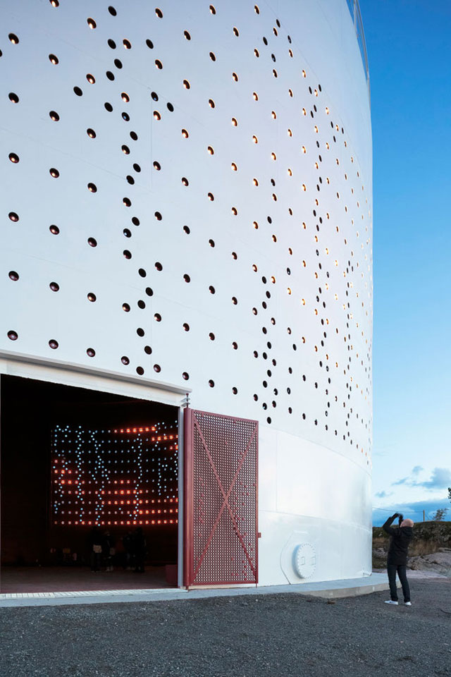 Silo 468 Urban Light Art Installation for City of Helsinki by Lighting Design Collective, via Yellowtrace.