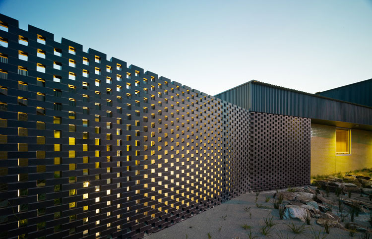 Carrum Downs Police Station by Kerstin Thompson Architects // via yellowtrace