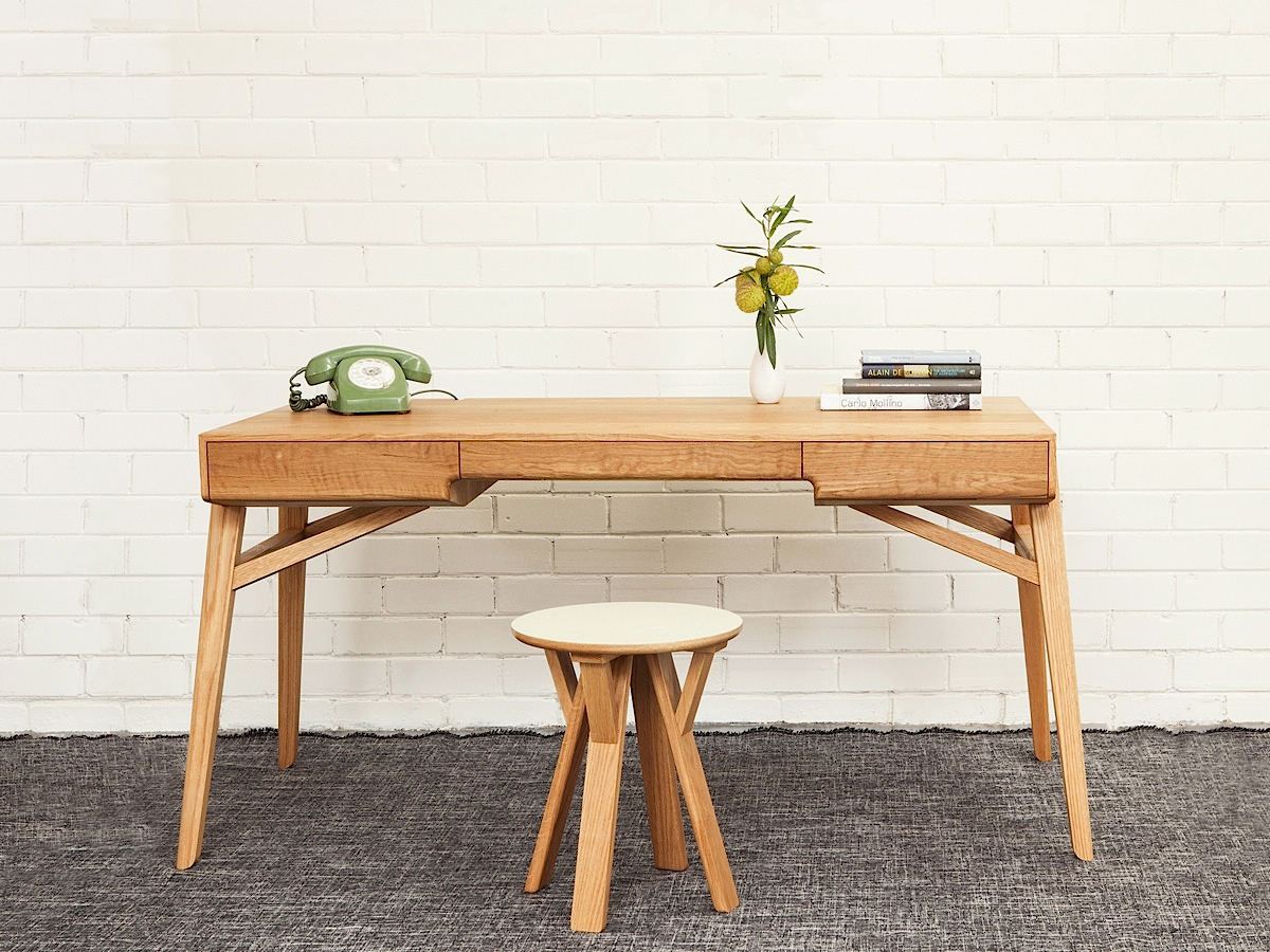 Tuki Desk by Tide Design | Yellowtrace.
