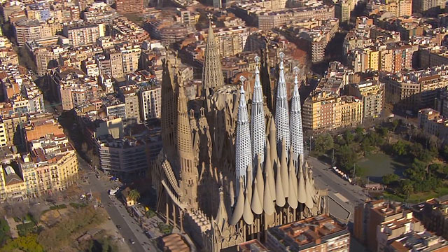Animated Fly-By of the Completion of Gaudi's Sagrada Familia [TV].