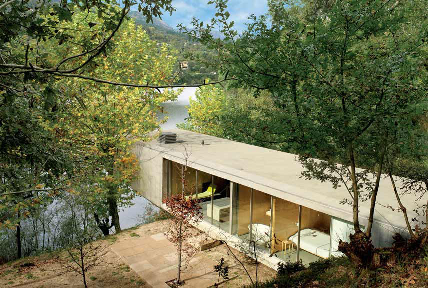 House in Gerês by Graça Correia & Roberto Ragazzi // Portugal.